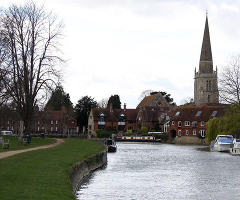 Abingdon, UK by Steve Daniels, CC BY-SA 2.0, https://commons.wikimedia.org/w/index.php?curid=13948119