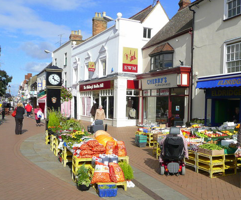 Bicester, UK, by Jonathan Billinger, CC BY-SA 2.0, https://commons.wikimedia.org/w/index.php?curid=13680754