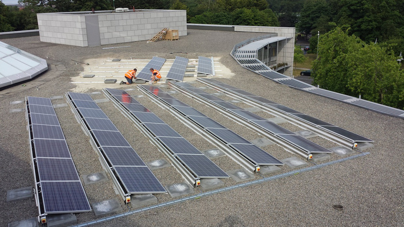 Flat Roof Installation : Solar panel aesthetics exeo energy